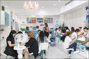 Re-Salons and Spas organized a one-of-a-kind beauty event 'Beyond the Mani-Pedi'