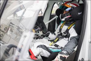 japanese driver takuma aoki joins the jaguar i-pace etrophy serie...
