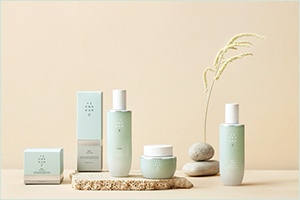The Ultimate Natural Hydration Skincare Line is Here! � the Face Shop Yehwadam Artemisia!